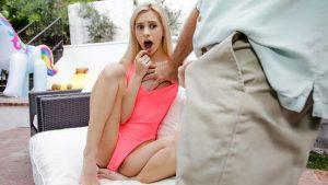 ดูหนังโป๊ออนไลน์ Porn xxx Jav Av Chanel Shortcake มาเยี่ยมปู่อู้หูวใหญ่จัง Family Strokestag_star_name: <span>Chanel Shortcake</span>